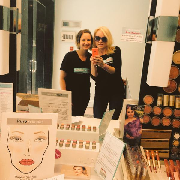 Shari - the ever so lovely Skin therapist and I