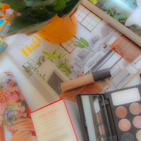 Glam Mom Gift Guide - Makeup